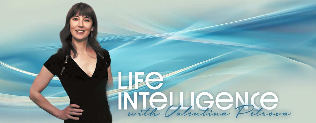 Life Intelligence: How To Be Attractive